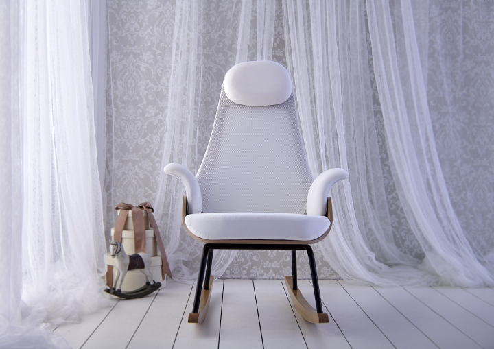 NANA-Rocking-Chair-by-Alegre-Design-for-MiniMoi-10