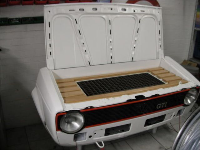how_to_turn_an_old_volkswagen_into_a_stylish_barbecue_640_11
