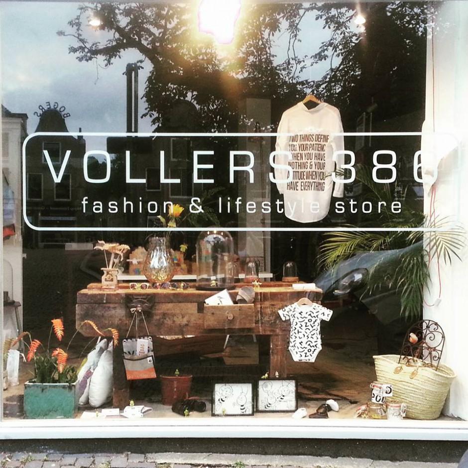 Bij Vollers 386 kun je slagen voor een leuk cadeau of een nieuwe outfit