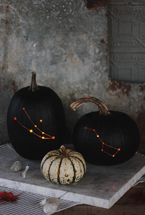 DIY-Constellation-Pumpkin-by-The-MerryThought-DIY-Design-Sponge