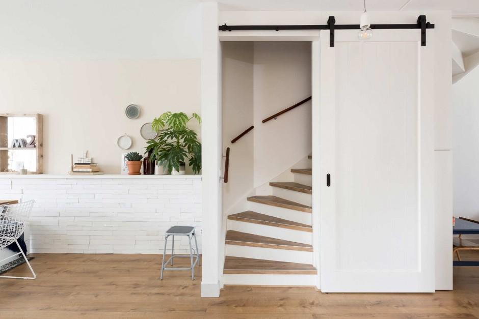 De mooiste houten schuifdeuren meubeltrack blog for Schuifdeuren woonkamer