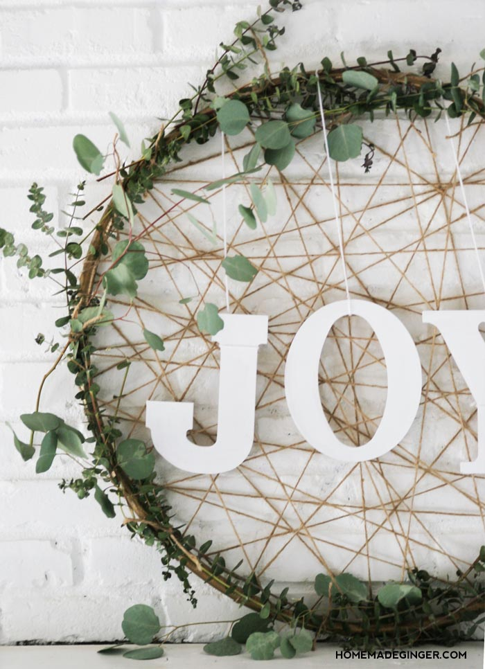 HOW-TO-MAKE-A-CHRISTMAS-WREATH