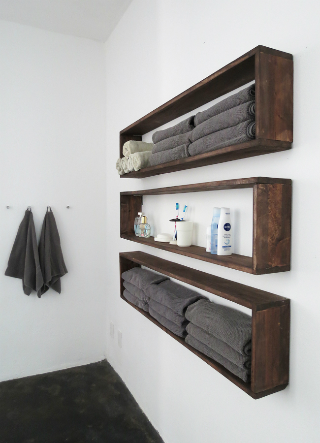 DIYWallShelves_BathroomStorageTall