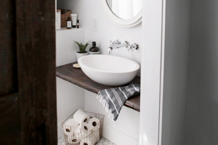 DIY Floating sink shelf - The Merry Thought