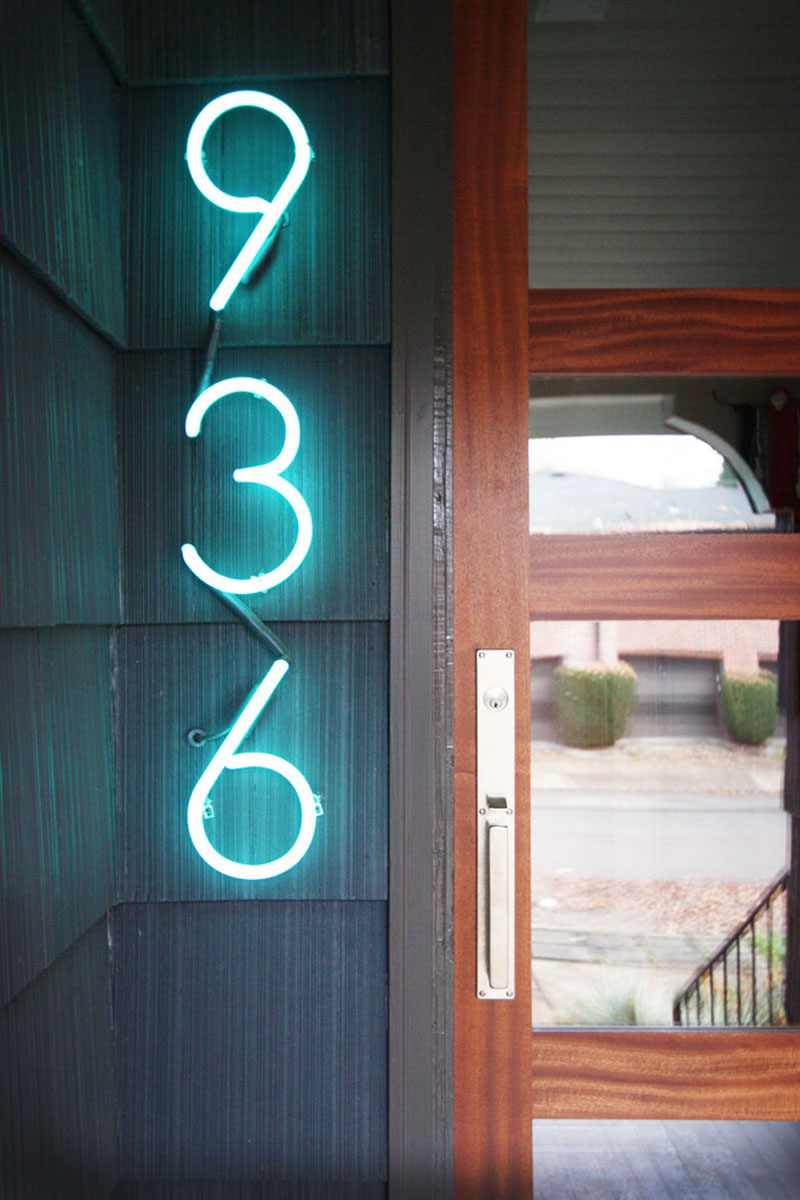 modern-house-numbers_190716_04