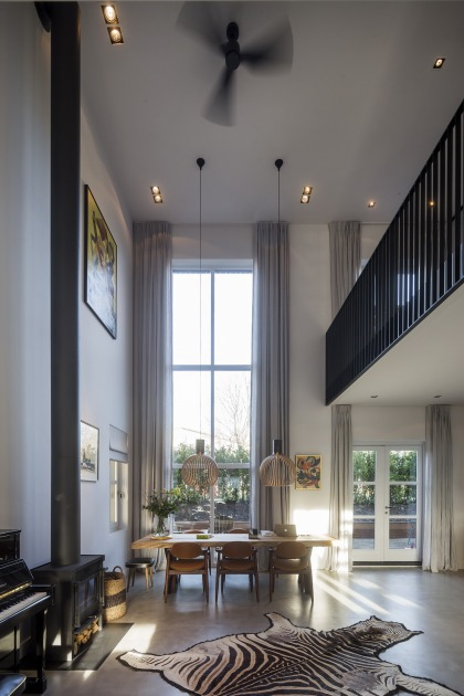 750_House_Amsterdam_Barn_l