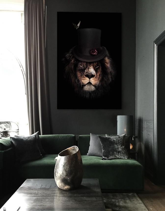 classy_lion_mockup1